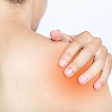 Mal à l'épaule ? Peut-être un symptôme visible du diabète de type2 ?